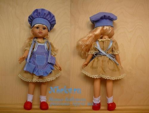 Комплект поваренка для куклы: фартук, поварской колпак и прихватки.